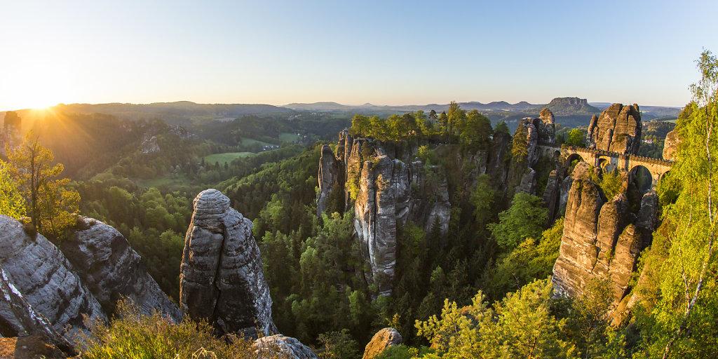 elbsandteingebirge-bastei.jpg